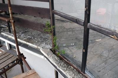Rekonstrukce balkónů - Harrachov 596